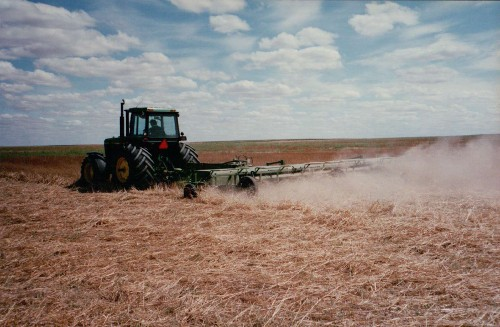 Loxton Engineering 9.45m (31') cut machine - stubble mulching